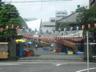 祭りが始まる前の太宗寺