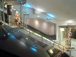 新宿サブナードにあるマネキン人形